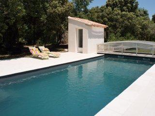 Villa Provencale et piscine, location a la semaine