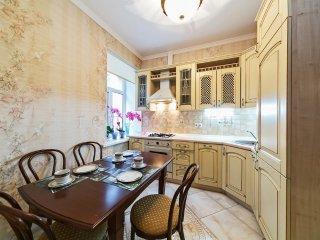 двухкомнатная квартира с камином, Moscow