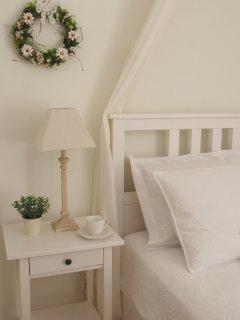 Jasmine Apartment- bedroom detail