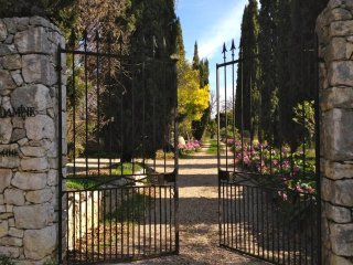 Charming historic romantic villa in Cote d'Azur, La Gaude