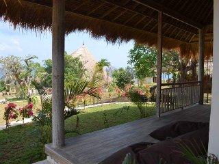 Tropical Bungalow by Balangan!, Jimbaran