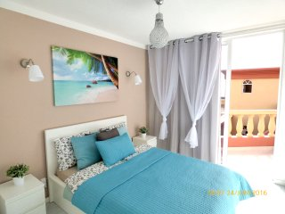 Newly Renovated Costa Adeje 1 bedroom Great Views, Playa de Fanabe