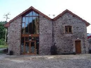 Residential Bunkhouse, pet friendly