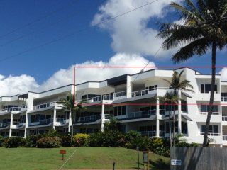 Ulysses Beachfront Penthouse, Wongaling Beach