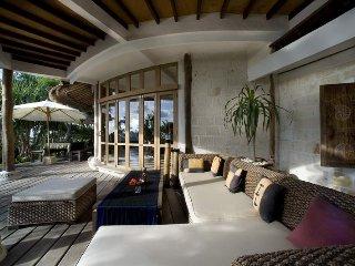 Stunning Chic Villa!, Jimbaran