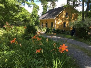 Lovely Hudson Valley home 1 hr from NYC