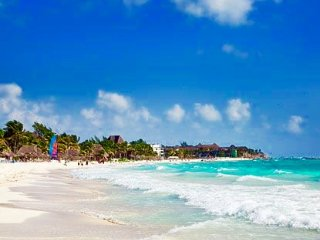 Secs from Beach&5thave, 2Bed, 2Bath,Pool,A/C, Wifi, Playa del Carmen