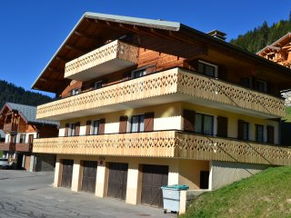 APPARTEMENT 8 PERSONNES CHATEL