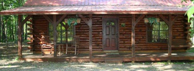 Abe's Place (sleeps 6) No Pets, Broken Bow