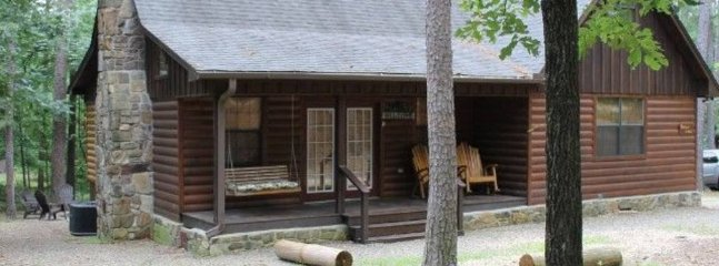 Timberland (sleeps 8) No Pets, Broken Bow