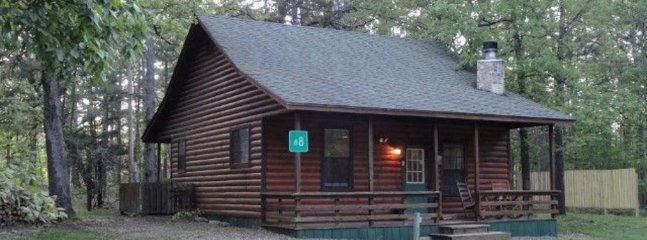 Whispering Wheels (sleeps 2) No Pets, Broken Bow