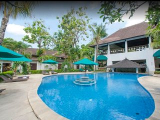 Villa 4 Bedrooms Deluxe Seminyak + Breakfast
