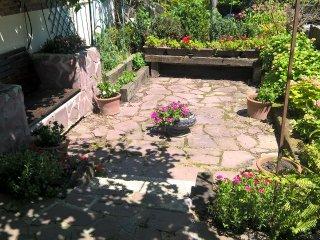 Tranquilo y espacioso con jardín excelente estado, San Sebastian - Donostia