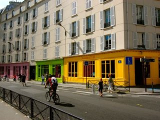 Modern and Bright,Trendy Canal Saint Martin,10Mn Walk from Gare du Nord/Eurostar