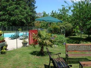 B&B de charme:châteaux de la Loire - parc- piscine, Messas