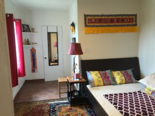 Himalayan B&B - (all booked), El Cajon