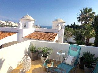 Ruhiges Haus mit wunderschönem Meerblick und Pool., Carvoeiro
