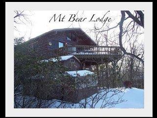 Mt Bear, Lago Harmony