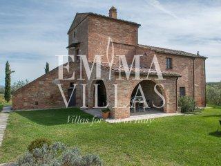 Casale Dei 12, Valiano