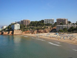 Large Apartment to rent close to beach, Salou