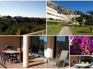 Spacious Apt in Altea La Vella with shared pool
