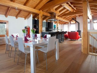 Grand Luxury Chalet With Great View, Saas-Fee