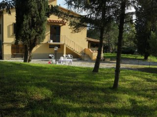 Beautiful Family Home in country of Florence, Rignano sull'Arno