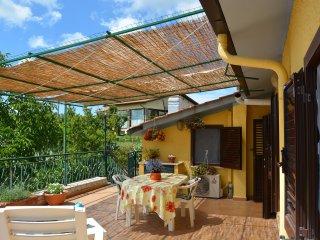 Deliziosa mansarda panoramica finemente arredata, Bracciano