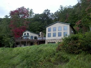 Secluded Mountain Retreat!, Clyde