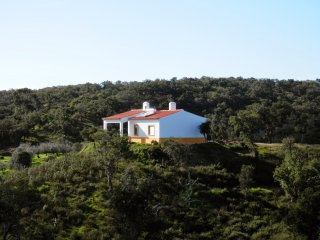 Monte da Ameira: Countryside and Coast