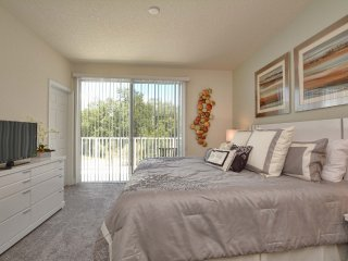 3 Bed 3 Bath Town Home with Splash Pool, Clermont
