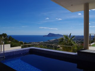 "LUXUEUSE villa ""Casa ESMERALDA"", Altea"