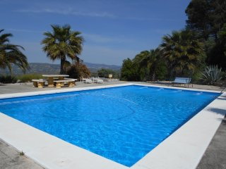 Tranquil, Restful, Cottage with use of fab Pool close to Zagra and Loja, Granada