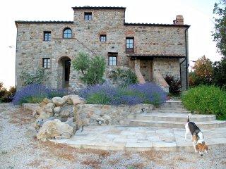 Antico eremo, ora una casa di campagna, Pomarance
