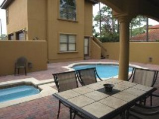 Upscale Home and Guest House - Heated Pool/Jacuzzi, Destin