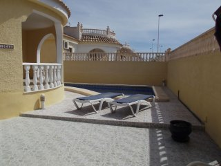 Villa Kilasean, sleeps 7, pool, Wifi, golf, beach., Mazarron