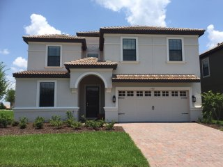 Beautiful House 9 Bedrooms near Disney, Davenport