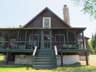 Poet's Lodge, Oquossoc