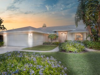 Naples - Crown Pointe / Great Lake-view Pool Home, Napels