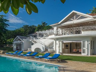 Hillside House at Round Hill Ocean View 5 Bedrooms, Montego Bay