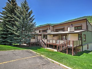 3BR Vail Townhome w/Mtn Views & Free Shuttle Access