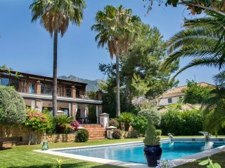 Superb villa on the Golden Mile, Marbella