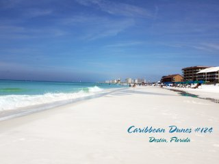 Caribbean Dunes 124 - Beach Getaway! Sleeps 6, Destin