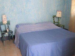 bilocale in centro zona Umberto 'casa rosina', Catania