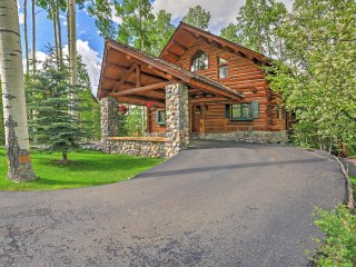 Coming Soon! Ski-In/Ski-Out 4BR Telluride Log Home w/Wifi, Fireplace, 2 Large Decks, Outdoor Hot Tub, & 180 Degree View of San Sofia Mountains - Close to Alpine Village, Skiing, Snowshoeing, Hiking & More!