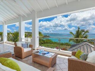 Beautiful 3 bedroom villa on the hillside of St Martin