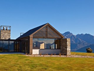 Wyuna House, Glenorchy