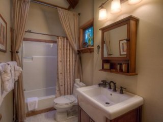 Homewood - 3 Bedroom Home, Private Hot Tub, Pet Friendly - LTA 8236, Lake Tahoe (Nevada)