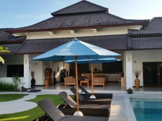 rumah indah .... 3 bedroom villa in umalas, Kerobokan