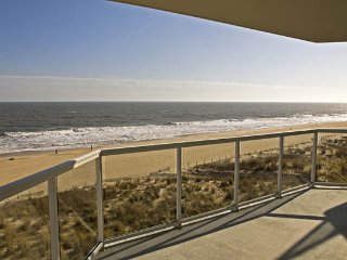 Meridian 501E - Luxury Oceanfront w/ Pool!, Ocean City